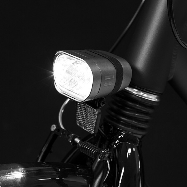 2015 Axendo 60 headlamp on front fork