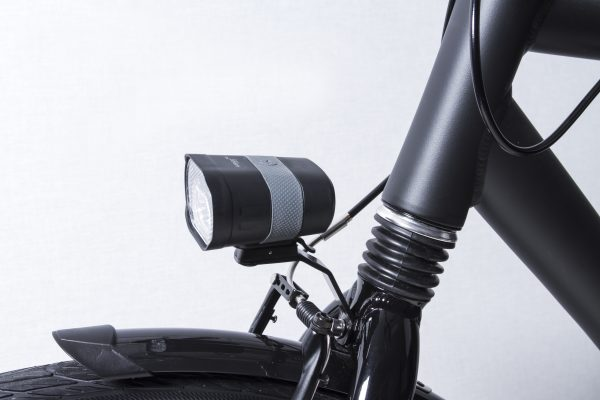 Axendo 40 Usb headlamp on front fork
