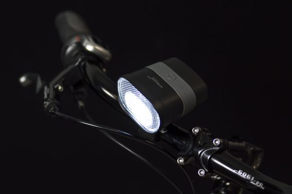 Axendo 40 Usb headlamp on handlebar