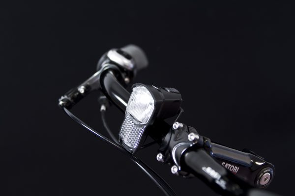 Illico 2 headlamp on handlebar