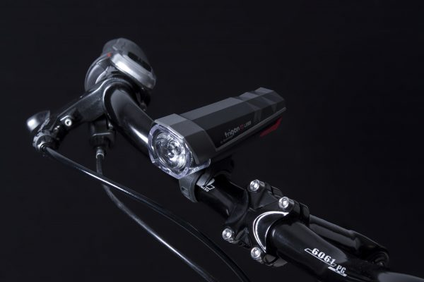 Trigon 15 USB headlamp on handlebar