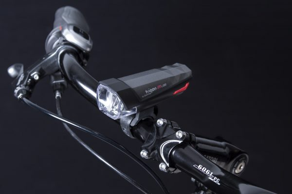 Trigon 25 USB headlamp on handlebar
