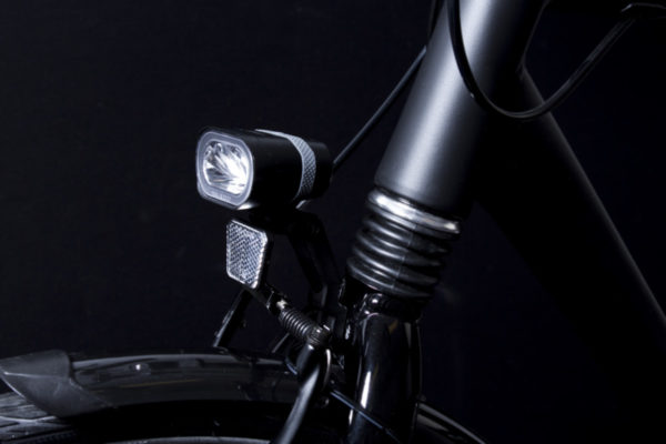 Axendo 40 headlamp on front fork with Bh 251 bracket