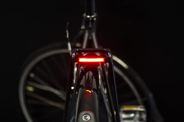 Pimento rearlight for e-bike on carrier with light on