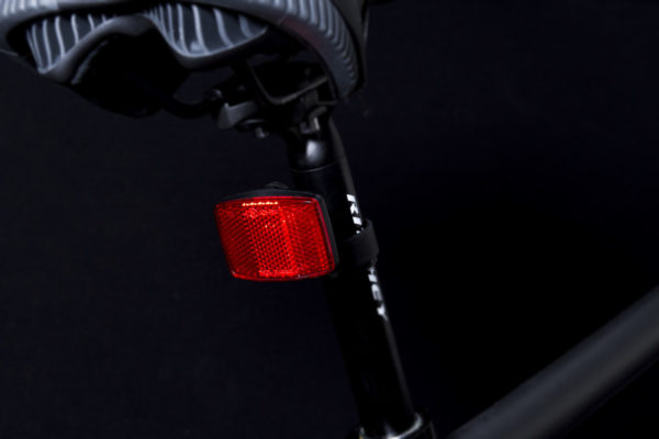 Rr 16 rear reflector on seat post