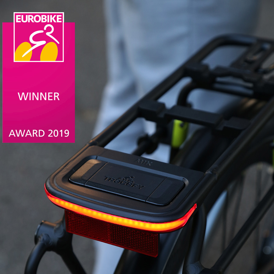 Spanninga Fahrradbeleuchtung EUROBIKE AWARD für die Idee einer revolutionären, markenübergreifenden Zusammenarbeit! Non classé