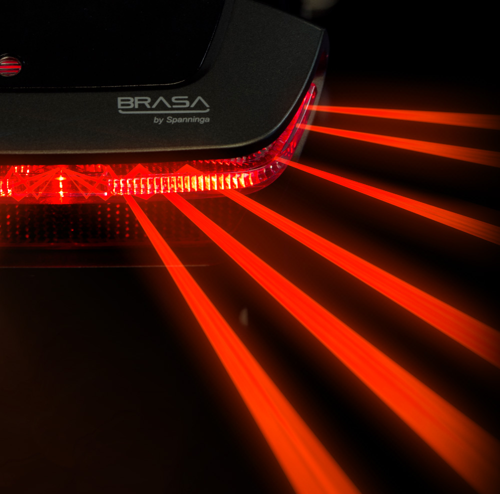 Brasa light lines with lines