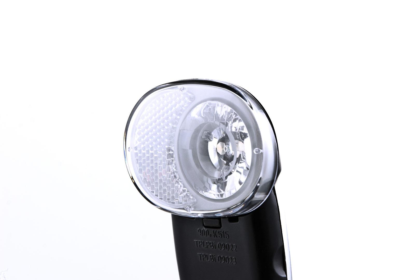 Luceo XTL lens close-up
