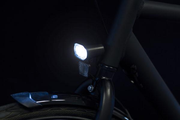Axendo 30 e-bike headlamp on bicycle on