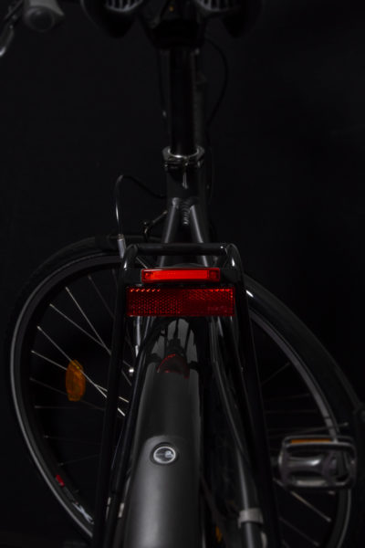 Pimento Speed rearlight with Rr 02 rear reflector on carrier (light off)